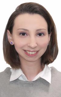 Репетитор обществознания, других предметов и других предметов Дмитриева Ангелина Арсеновна