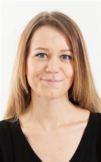 Репетитор английского языка, математики и физики Караваева Анна Олеговна