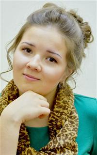 Репетитор русского языка, литературы, английского языка, французского языка и русского языка Ковалева Евгения Сергеевна