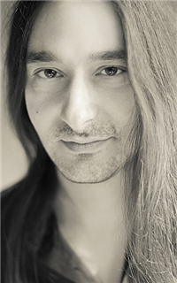 Репетитор редких языков, английского языка и музыки Кумариотис Лукас -